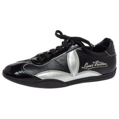 Louis Vuitton Black/Silver Patent And Leather Low Top Lace Up Sneakers Size 39.5