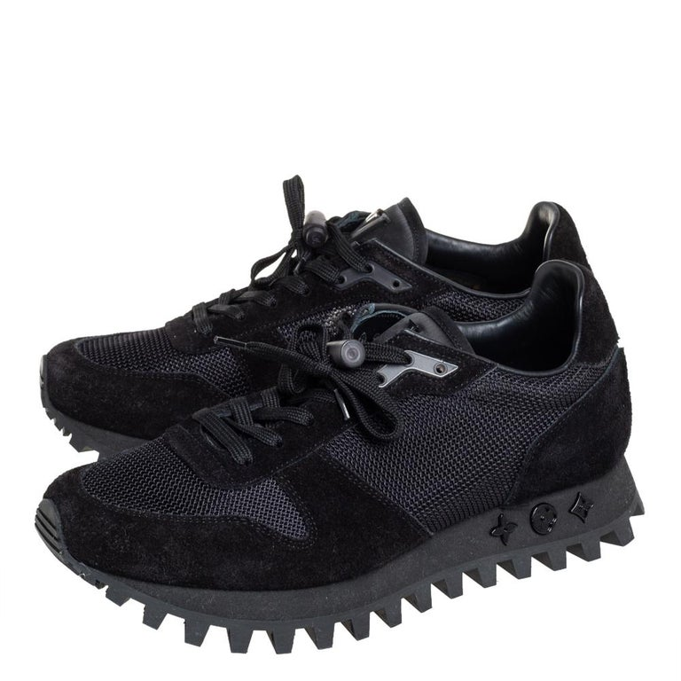 Men's Louis Vuitton Black Suede And Mesh Runner Sneakers Size 41 For Sale