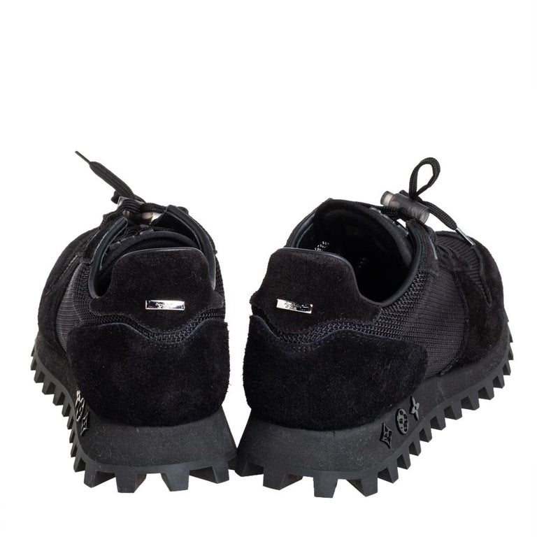 Louis Vuitton Black Suede And Mesh Runner Sneakers Size 41 For Sale 2