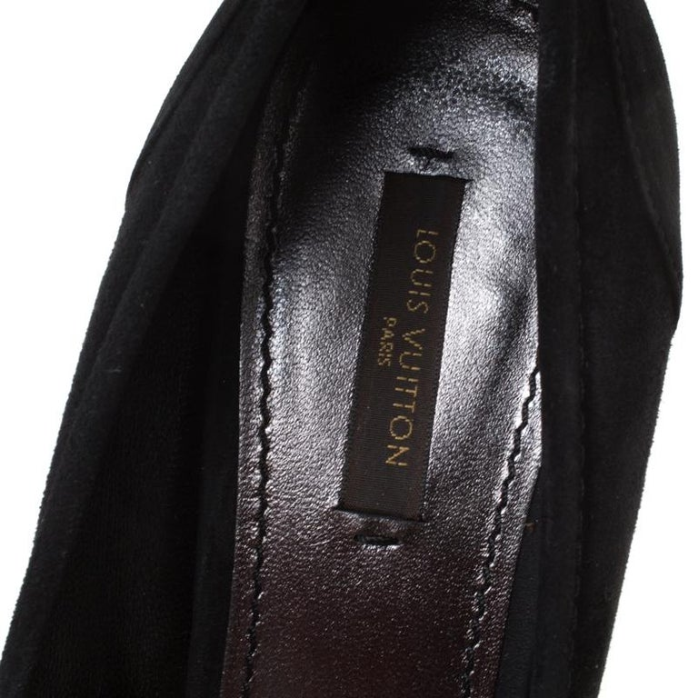 Louis Vuitton Black Suede Butterfly Peep Toe Wedge Pumps Size 38.5 For Sale 3
