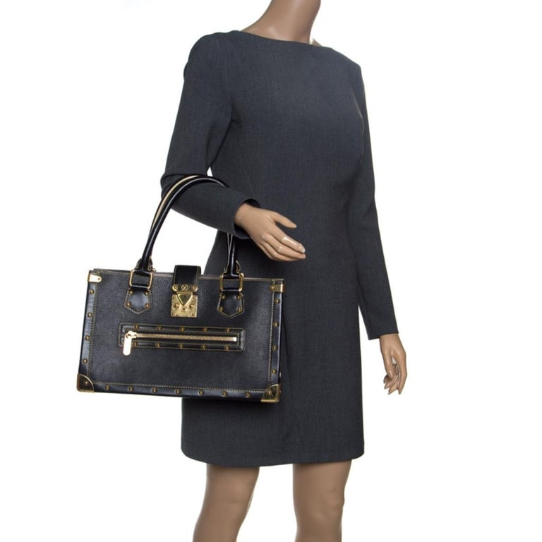 Louis Vuitton Black Suhali Leather Le Fabuleux Bag In Good Condition For Sale In Dubai, Al Qouz 2
