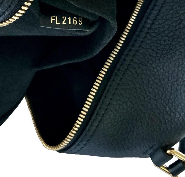 Louis Vuitton Black Taurillon Neo Square Bag  For Sale 8