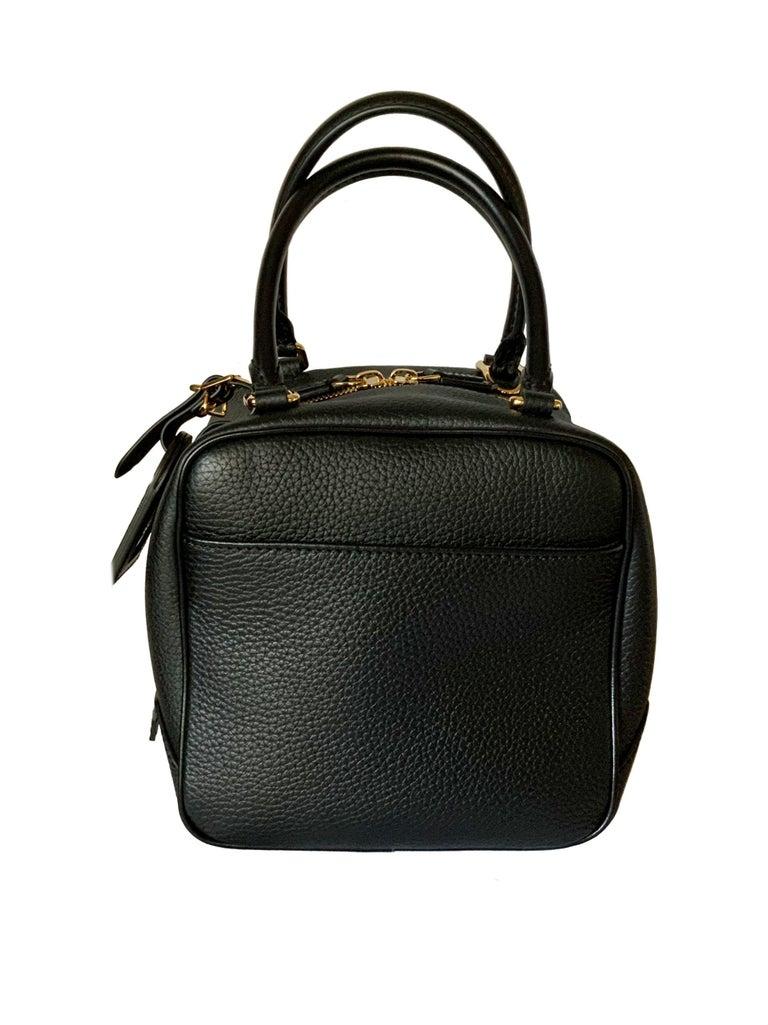 Louis Vuitton Black Taurillon Neo Square Bag  In Excellent Condition For Sale In Geneva, CH