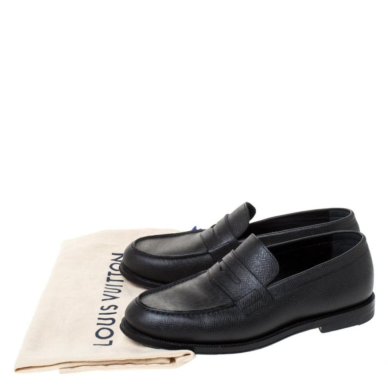 Louis Vuitton Black Textured Leather Penny Loafers Size 40 For Sale 7