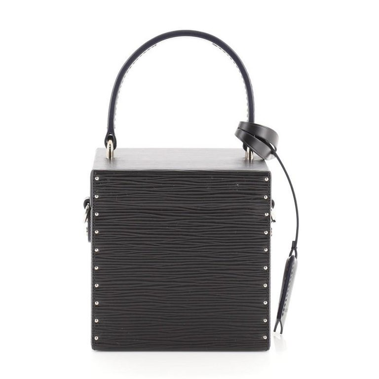 Women's or Men's Louis Vuitton Bleecker Box NM Bag Epi Leather For Sale