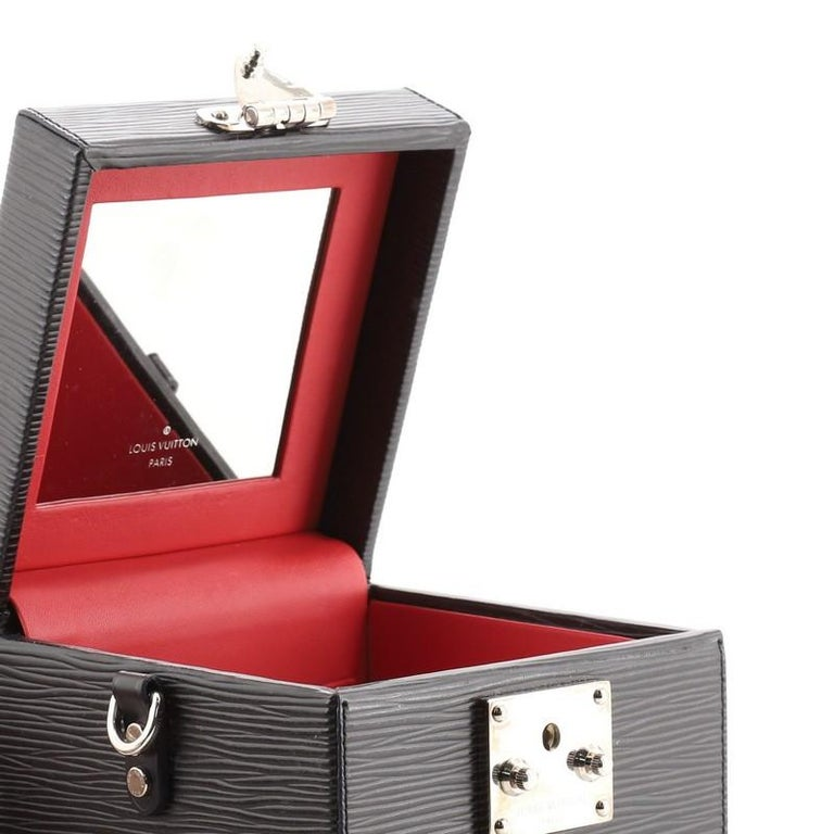 Louis Vuitton Bleecker Box NM Bag Epi Leather For Sale 3