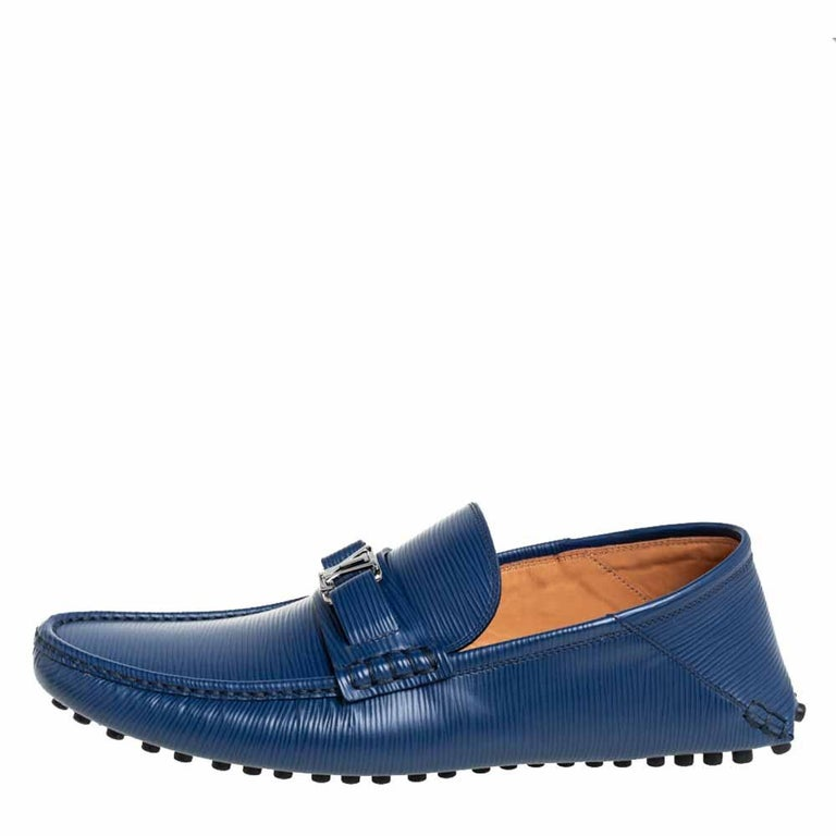 Loafers like these ones from Louis Vuitton are worth every penny because they epitomize both comfort and style. Crafted from blue Epi leather, they carry neat stitch detailing and the signature LV on the uppers. Complete with leather insoles, this