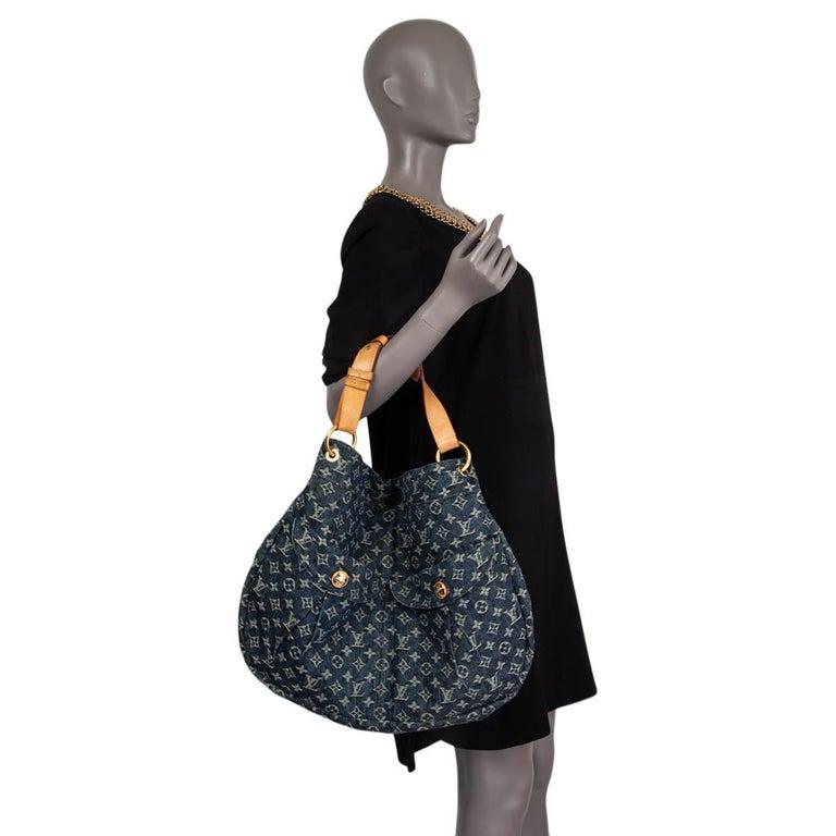 LOUIS VUITTON blue MONOGRAM DENIM DAILY GM Hobo Shoulder Bag For Sale 3