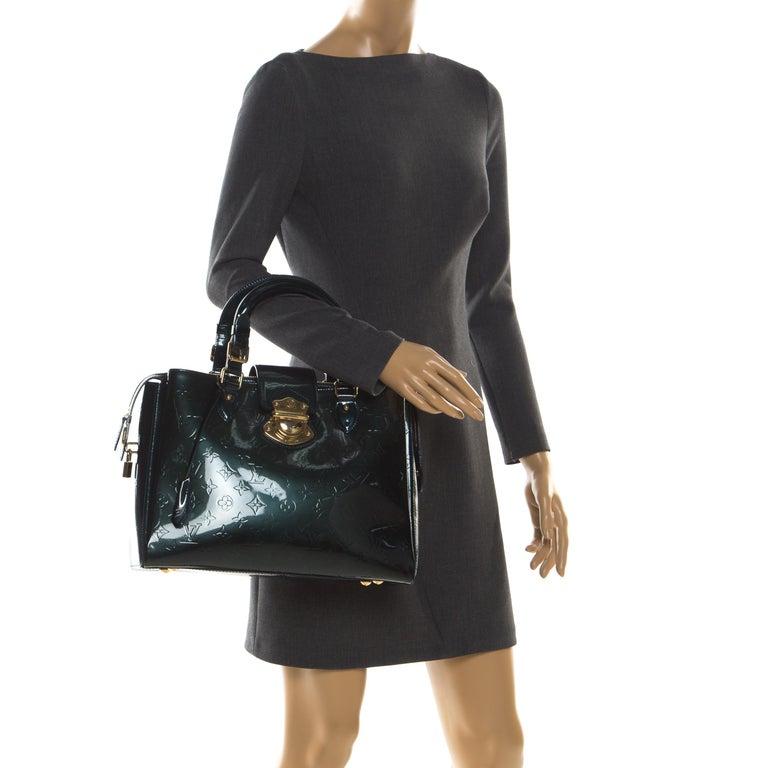 Louis Vuitton Blue Nuit Monogram Vernis Melrose Avenue Bag In Good Condition For Sale In Dubai, Al Qouz 2