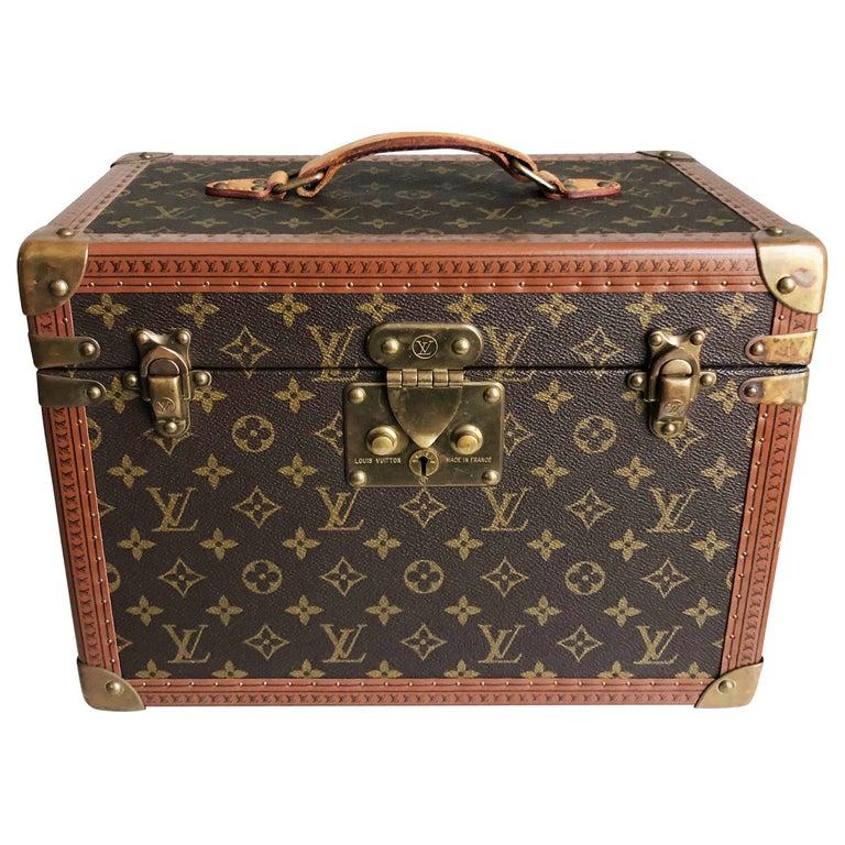 Louis Vuitton Boite Pharmacie Monogram Train Case Vanity Travel Bag Vintage 80s  For Sale