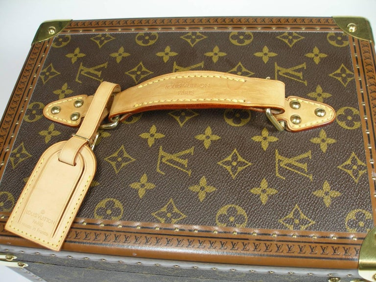 Louis Vuitton Boites à Flacons Beauty Case Monogram Canvas  For Sale 1