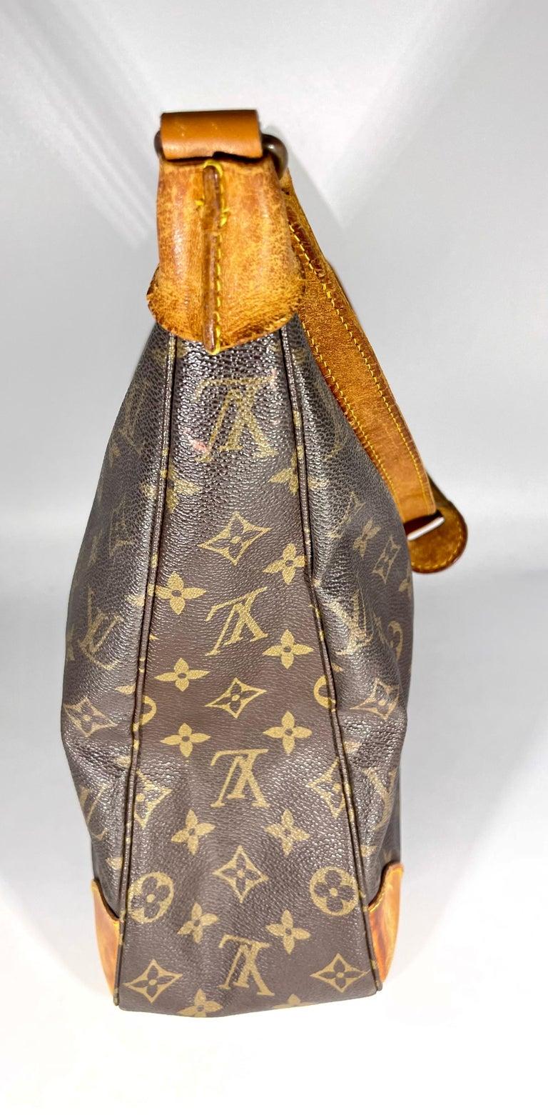 LOUIS VUITTON Boulogne 35 Brown Monogram Shoulder Bag 1218186 For Sale 1