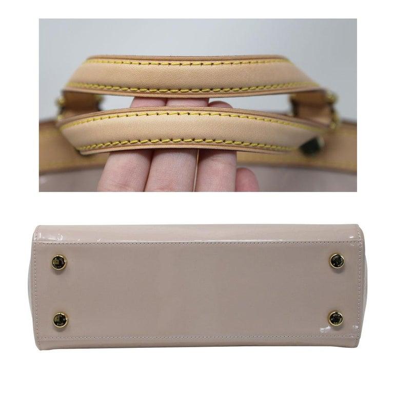 Louis Vuitton Brea MM Rose Angelique Handbag Shoulder Bag in Dust Bag w/ Receipt For Sale 1