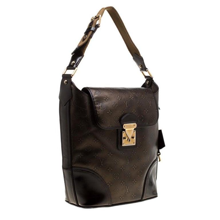 Louis Vuitton Bronze/Dark Brown Monogram Embossed Limited Edition Sergent GM Bag In Good Condition For Sale In Dubai, Al Qouz 2