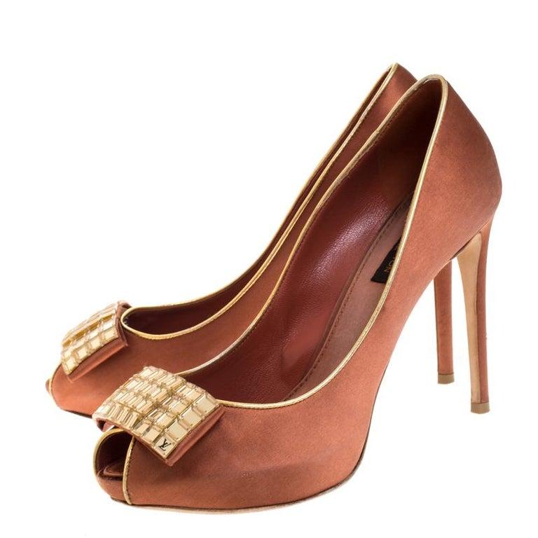 Louis Vuitton Bronze Satin Music Hall Open Toe Pumps Size 38 For Sale 1