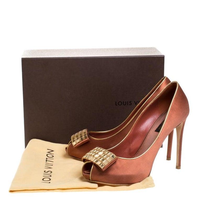 Louis Vuitton Bronze Satin Music Hall Open Toe Pumps Size 38 For Sale 3
