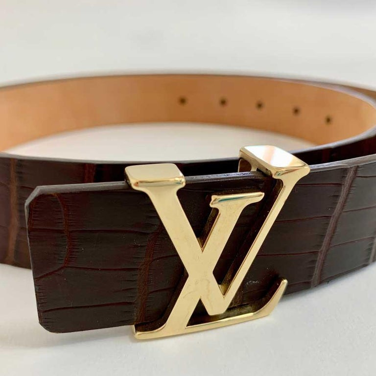 Louis Vuitton Brown Alligator LV Gold Tone Logo Belt   In New Condition For Sale In Paris, FR