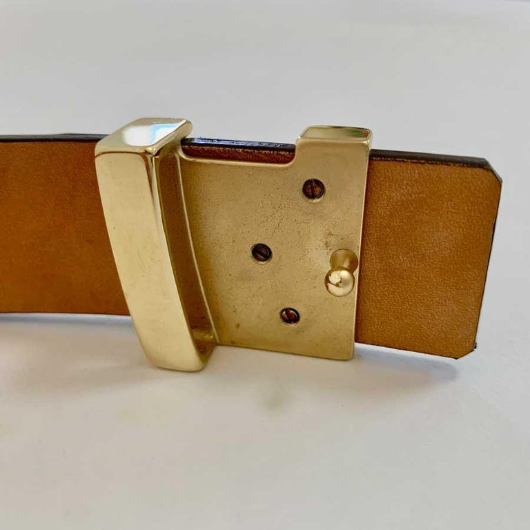 Louis Vuitton Brown Alligator LV Gold Tone Logo Belt   For Sale 3