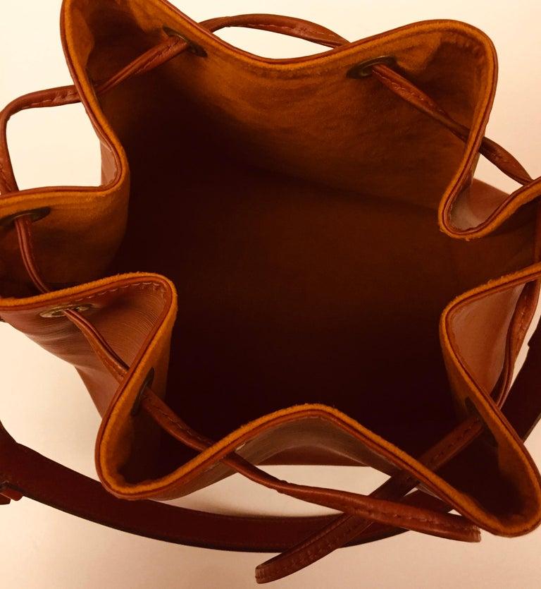 Louis Vuitton Brown Epi Bucket Drawstring Bag  For Sale 1