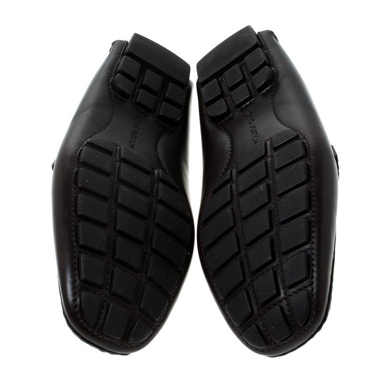 Louis Vuitton Brown Leather Monte Carlo Logo Slip On Loafers Size 43 In Good Condition For Sale In Dubai, Al Qouz 2