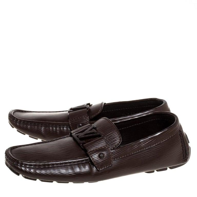 Louis Vuitton Brown Leather Monte Carlo Slip On Loafers Size 41.5 In Good Condition For Sale In Dubai, Al Qouz 2