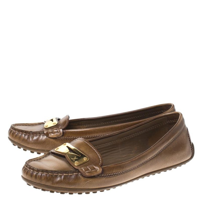 Louis Vuitton Brown Leather Penny Loafers Size 38 For Sale 3