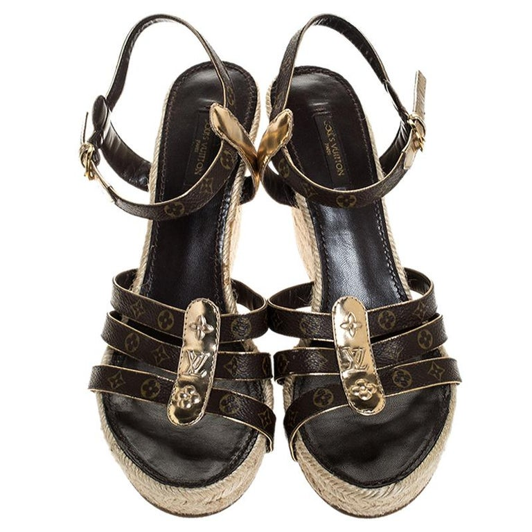 Louis Vuitton Brown Monogram Canvas And Gold Leather Espadrille Wedges Size 41 In Good Condition For Sale In Dubai, Al Qouz 2
