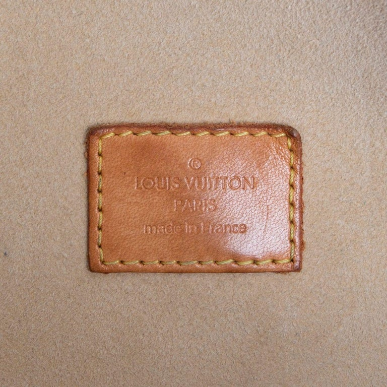 LOUIS VUITTON brown Monogram canvas MANHATTAN GM Shoulder Bag 2