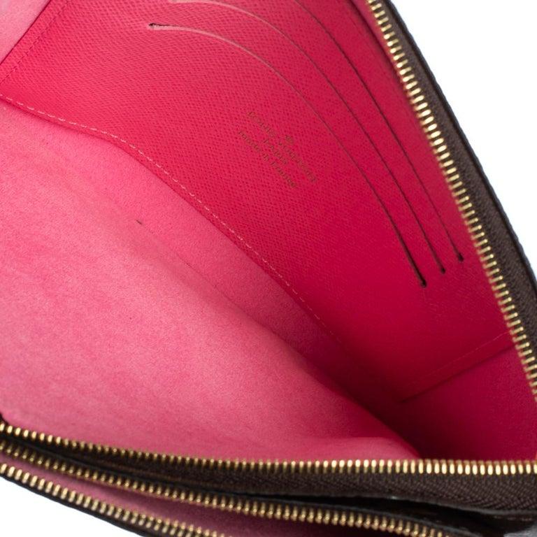 Louis Vuitton Brown Monogram Christmas Edition Double Zip Pochette For Sale 5