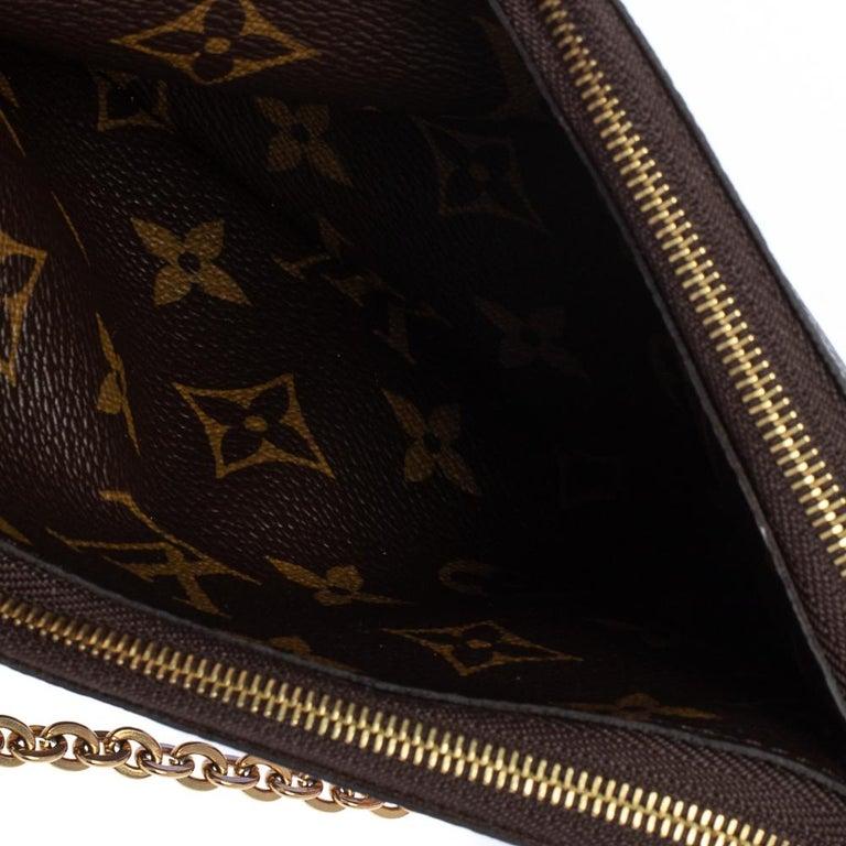 Louis Vuitton Brown Monogram Christmas Edition Double Zip Pochette For Sale 6