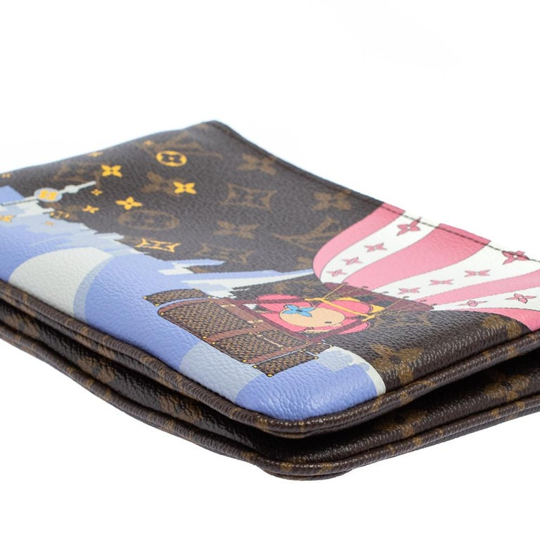 Louis Vuitton Brown Monogram Christmas Edition Double Zip Pochette For Sale 3