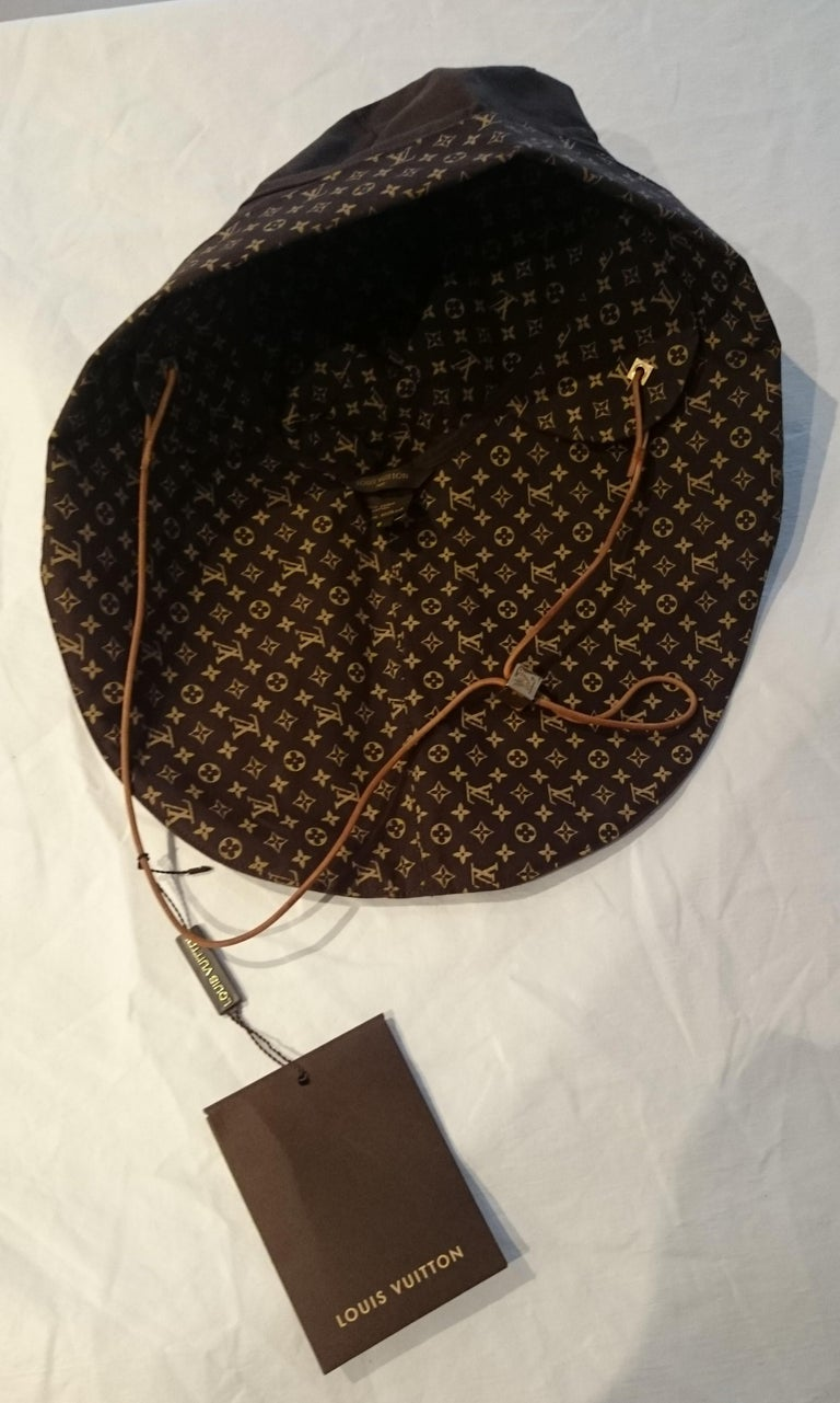 Black Louis VUITTON Brown Monogram Collection Hat - Unworn, New with tags For Sale