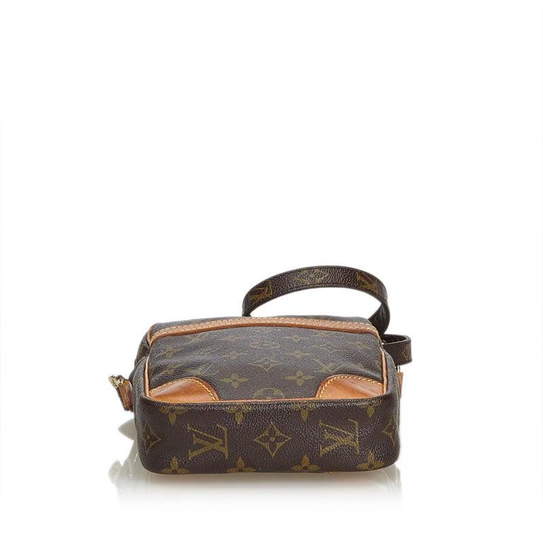 Louis Vuitton Brown Monogram Danube In Good Condition For Sale In Orlando, FL