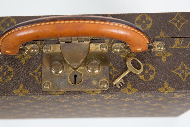 Louis Vuitton Brown Monogram Jewell Case Luggage For Sale 7
