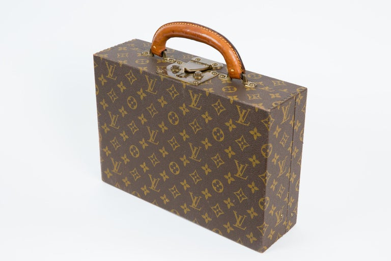 Louis Vuitton Brown Monogram Jewell Case Luggage In Excellent Condition For Sale In Paris, FR