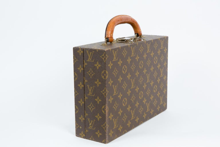 Women's or Men's Louis Vuitton Brown Monogram Jewell Case Luggage For Sale
