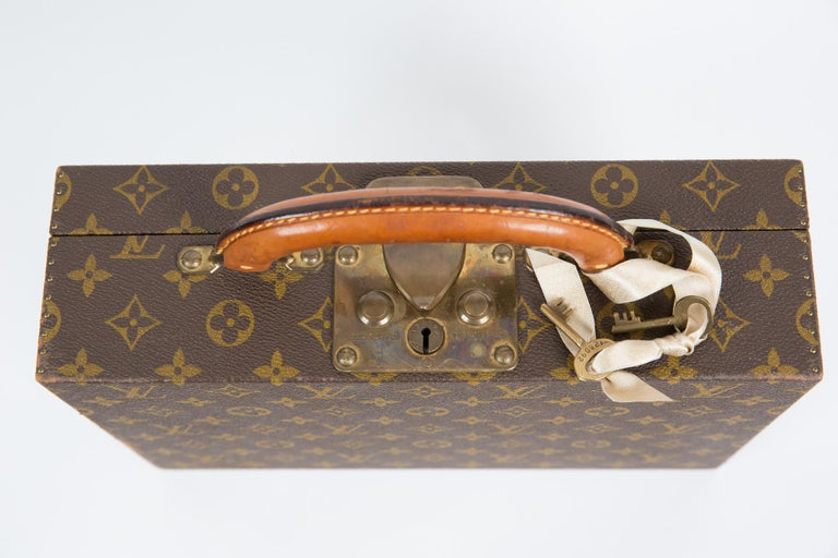Louis Vuitton Brown Monogram Jewell Case Luggage For Sale 5