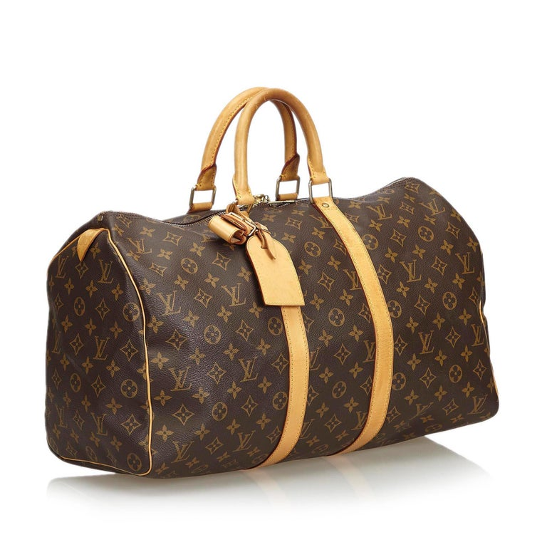 The Keepall 45 features a monogram canvas body, rolled leather handles and a top zip closure. It carries as B+ condition rating.  Inclusions:  Padlock   Louis Vuitton pieces do not come with an authenticity card�please refer to the production date