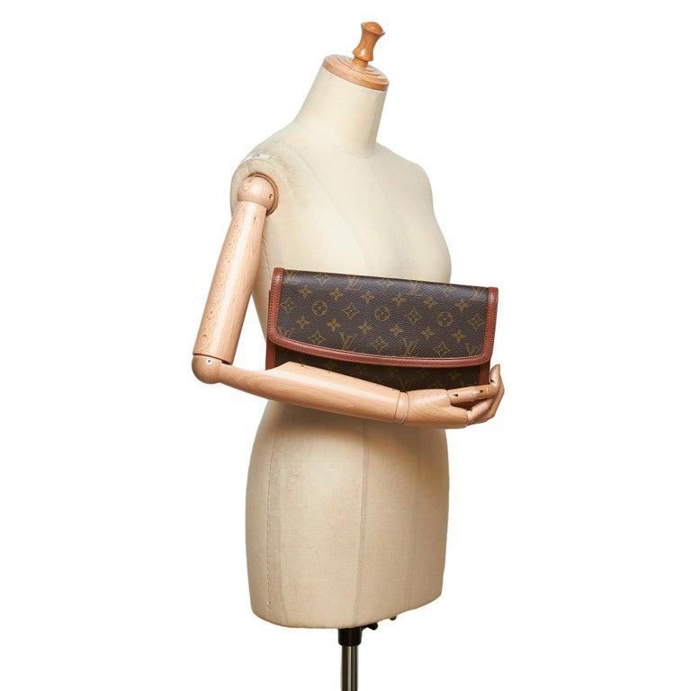 Louis Vuitton Brown Monogram Pochette Dame For Sale 4