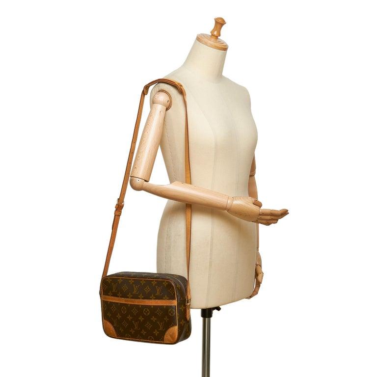 Louis Vuitton Brown Monogram Trocadero 27 For Sale 6