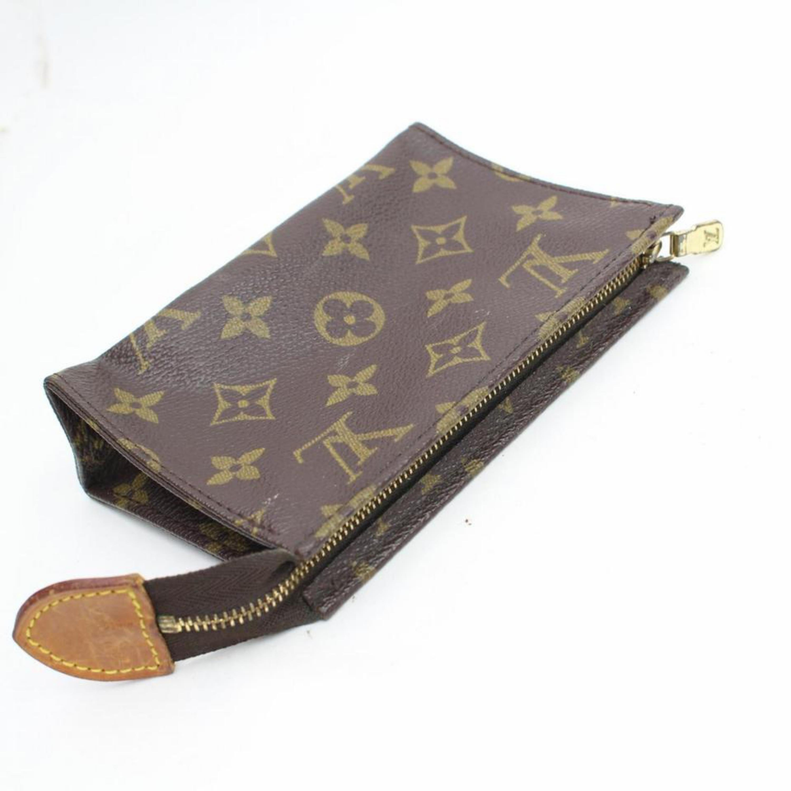 12c902cd9c71 Louis Vuitton Brown Poche Monogram Toiletry Pouch 15 Toilette 868086  Cosmetic Ba For Sale at 1stdibs