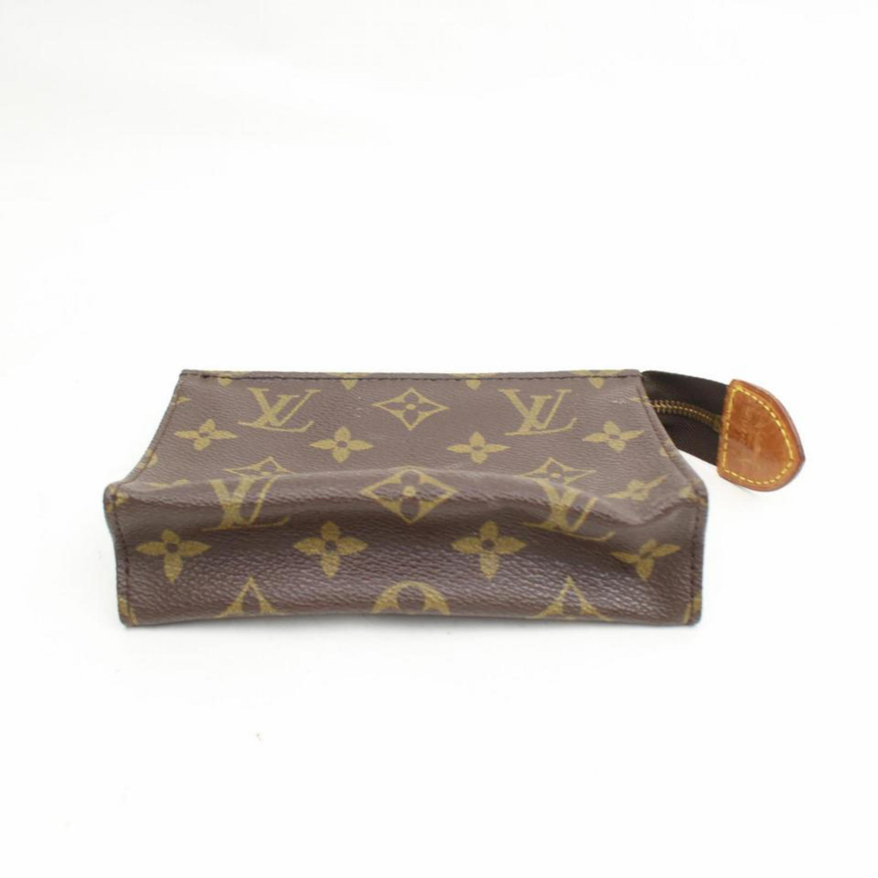 9eb590f3818c Louis Vuitton Brown Poche Monogram Toiletry Pouch 15 Toilette 868086  Cosmetic Ba For Sale at 1stdibs