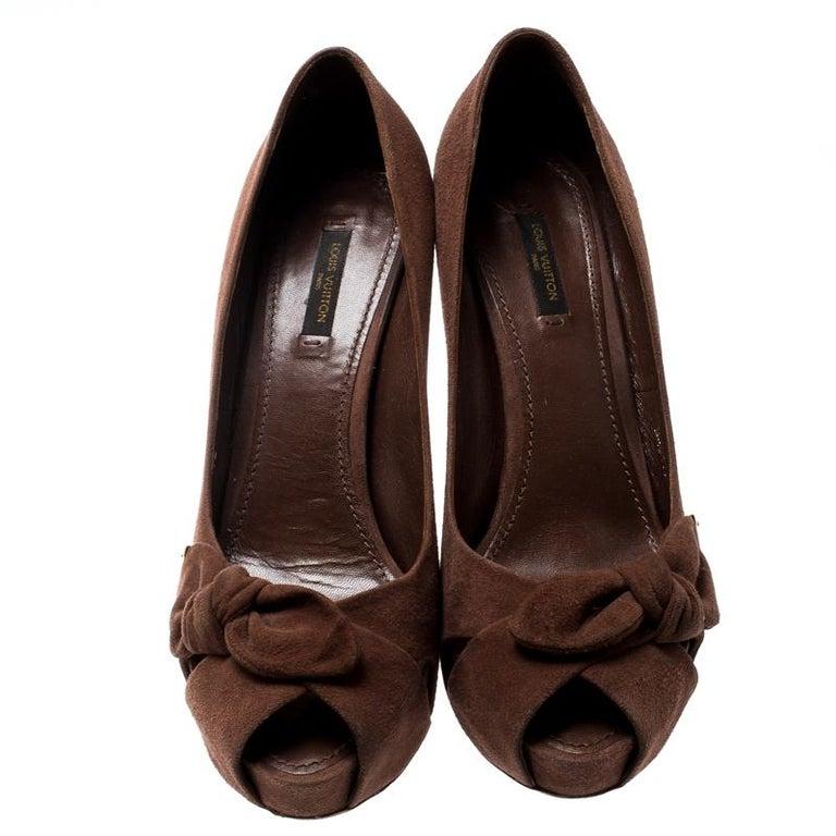 Black Louis Vuitton Brown Suede Catania Peep Toe Platform Pumps Size 40 For Sale