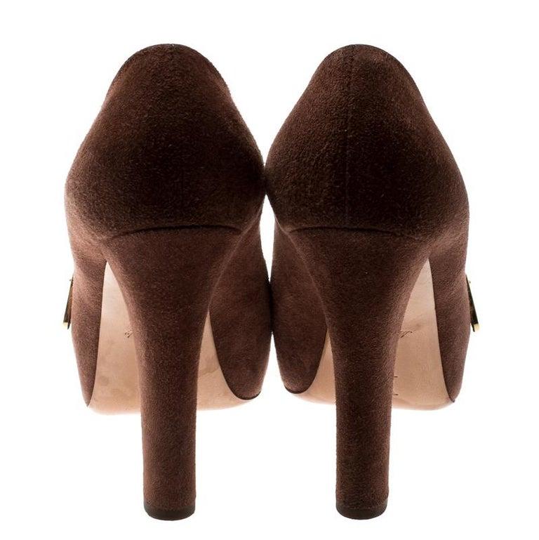 Women's Louis Vuitton Brown Suede Catania Peep Toe Platform Pumps Size 40 For Sale