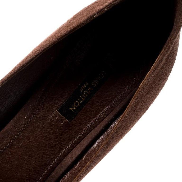 Louis Vuitton Brown Suede Catania Peep Toe Platform Pumps Size 40 For Sale 1