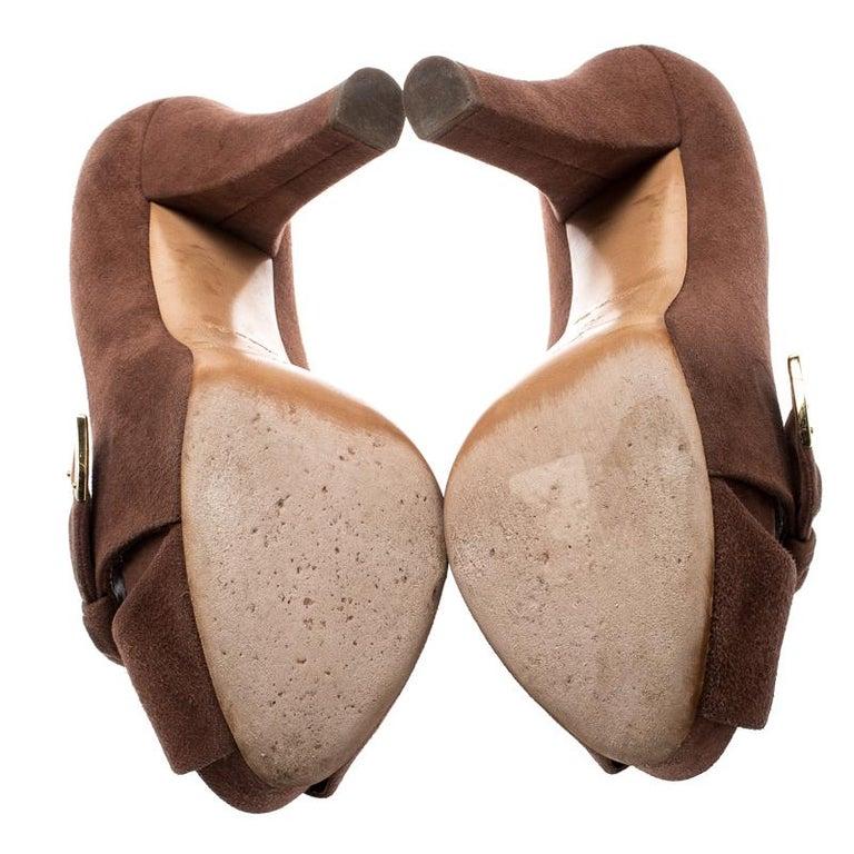 Louis Vuitton Brown Suede Catania Peep Toe Platform Pumps Size 40 For Sale 2