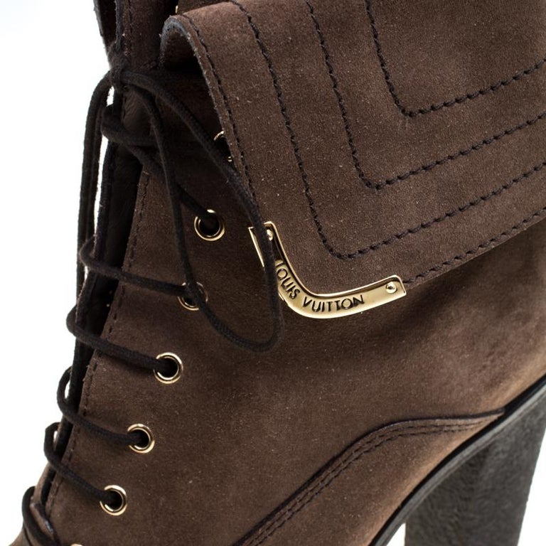 100% high quality picked up exclusive range Louis Vuitton Brown Suede Lace Up Ankle Boots Size 38 For Sale at ...