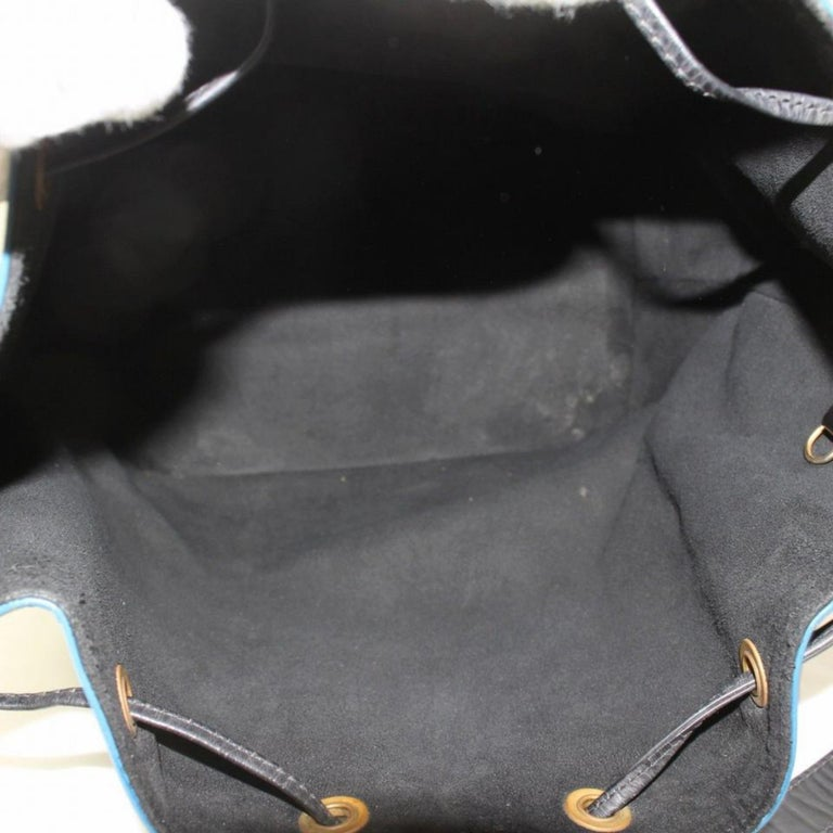 4b28f182d344 Louis Vuitton Bucket Bicolor Black and Epi Petit Noe Drawstring Hobo 868943  Blue In Good Condition