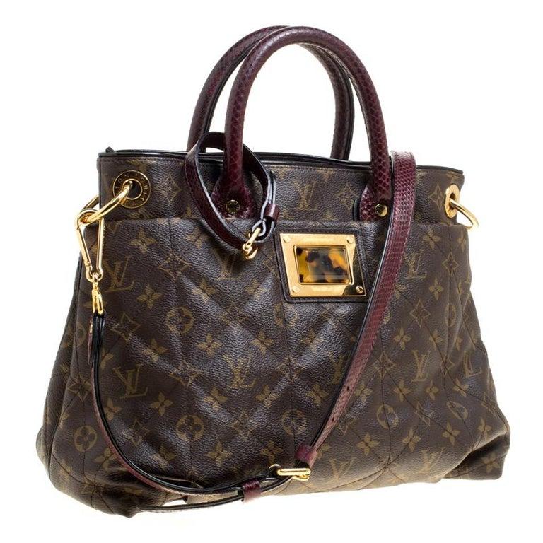 Louis Vuitton Burgundy Monogram Canvas Limited Edition Etoile Exotique MM Bag In Good Condition For Sale In Dubai, Al Qouz 2