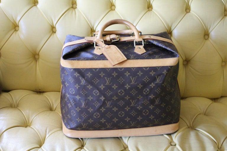 Louis Vuitton Cabin Size Travel Bag 40, Louis Vuitton Bag In Good Condition For Sale In Saint-ouen, FR